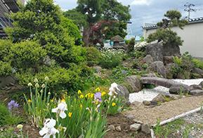 萬々の日本庭園